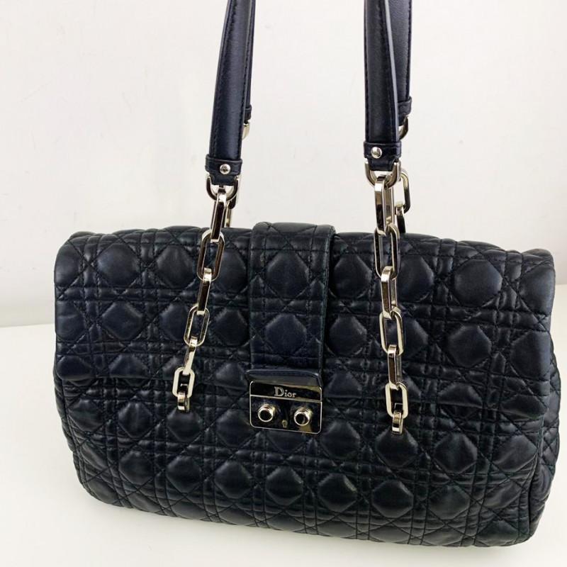 9dd933c83e2 Sac Dior - Le Corner dépôt vente de luxe