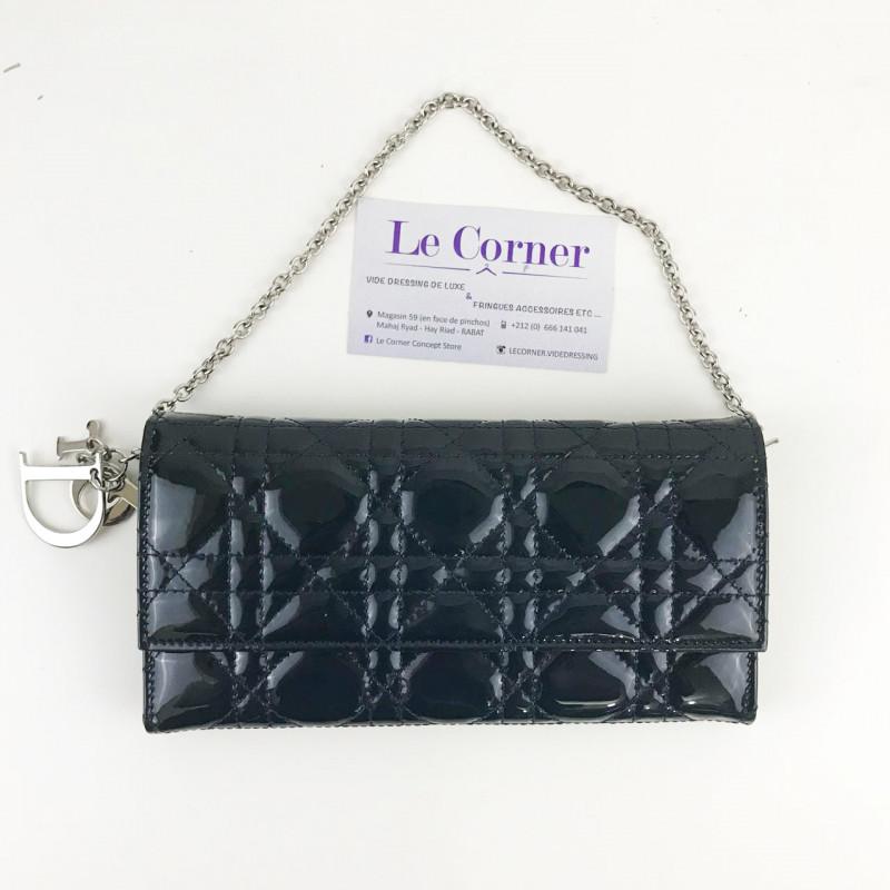 Pochette Dior - Le Corner dépôt vente de luxe 283ca39e86f